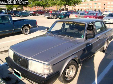 Volvo  -- 1987 244DL